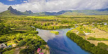 Mauritius Cities & Coastlines-helicopter Tour