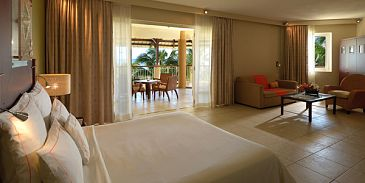 Le Victoria Beachcomber Hotel-Family Apartment