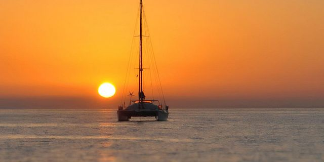 Private overnight catamaran cruise north coast (8)