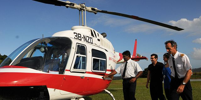 Helicopter sightseeing tour from airport exclusive (1)