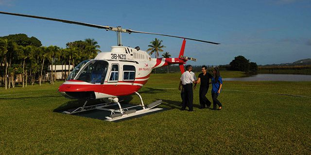 Helicopter beach dinner package (3)