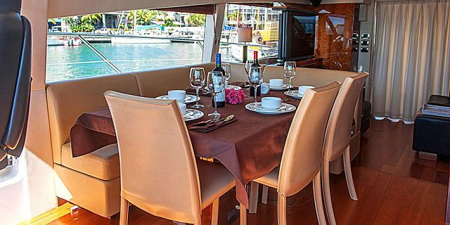 Sunseeker royal yacht day cruise in mauritius (15)