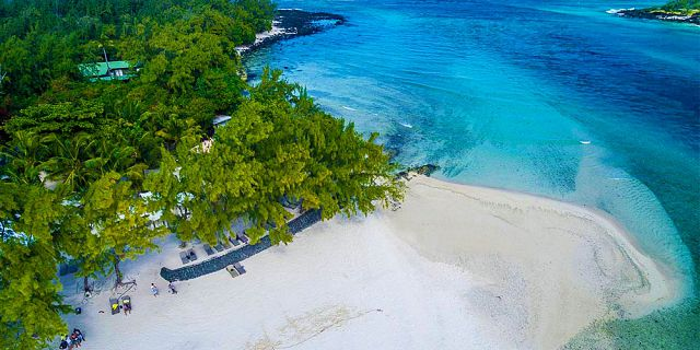Ile des deux cocos island with vip villa day use (1)