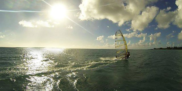 Windsurfing beginners lesson at mont choisy (6)