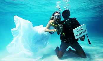 Underwater Scuba Wedding