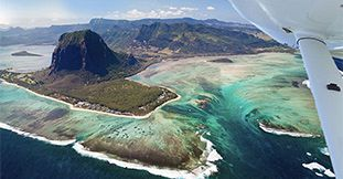Exclusive Seaplane Tour of the Underwater Waterfall –Southwest