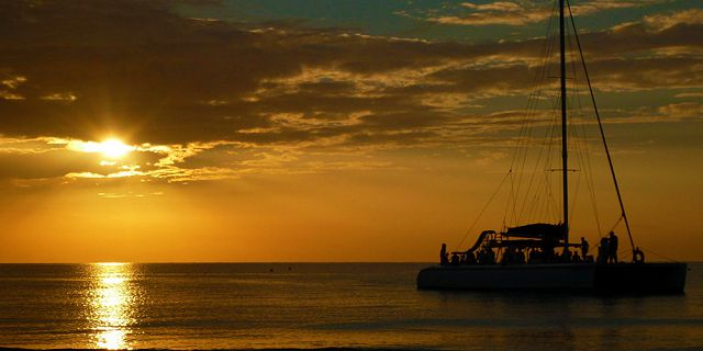 Sunset catamaran cruise north coast grand bay (6)